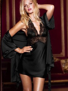 Wearing Black Seduce Slip Satin Lace Sleepwear will bring you an easy and elegant look.